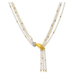 Carrera y Carrera 0.30 Carat Diamond Pearl 18 Karat Gold Las Manos Necklace