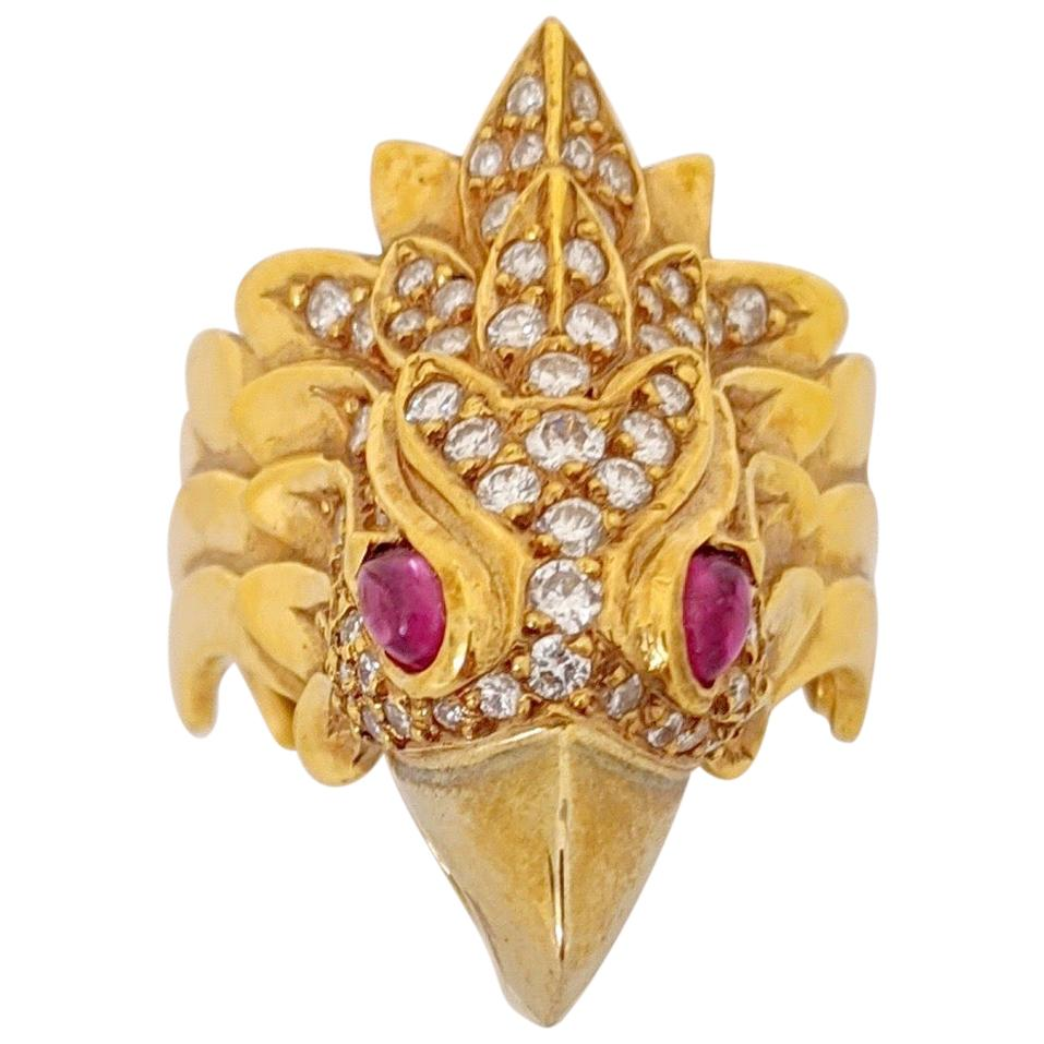 Carrera Y Carrera 18 Karat Yellow Gold and Diamonds Eagle Head Ring