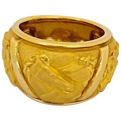 "Carrera y Carrera 18 Karat Yellow Gold ""Mosaico"" Ring with Horses"