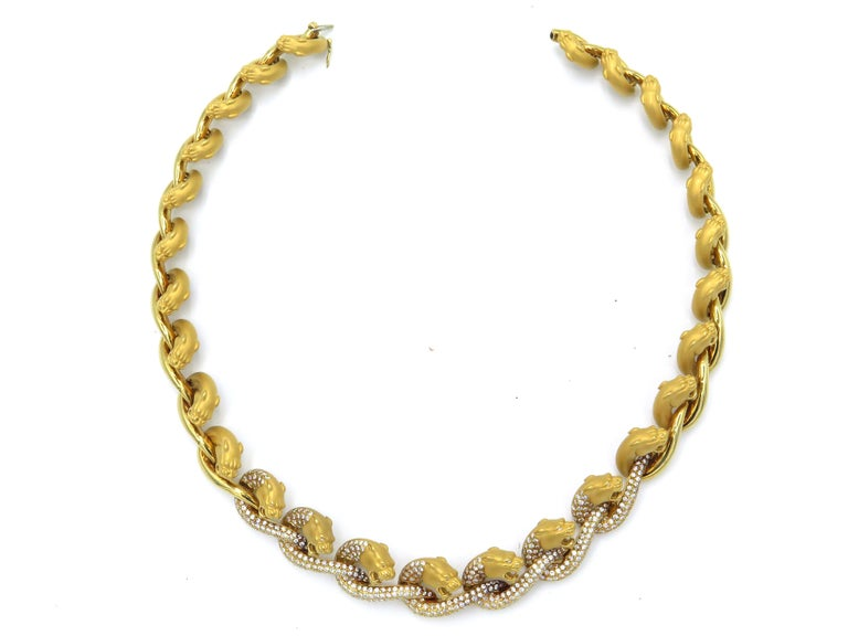 Carrera y Carrera 18 Karat Yellow Gold and Diamond Necklace and Earring Set In Excellent Condition For Sale In Brownsville, PA