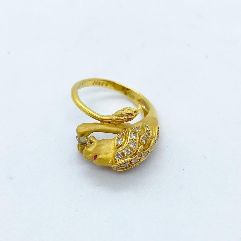 Artisan Carrera y Carrera 18 Karat Yellow Gold Lions Head Ring with .22 Carat Diamonds For Sale