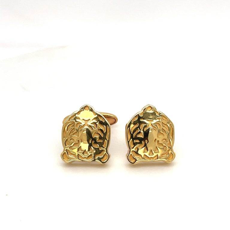 Carrera Y Carrera 18KT Yellow Gold Tiger Head Cufflinks In New Condition For Sale In New York, NY