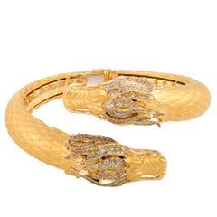 Carrera y Carrera Círculos de Fuego White and Brown Diamond Yellow Gold Bangle