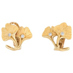 Carrera y Carrera Ginko Leaf Diamond Earrings 18 Karat Gold Estate Jewelry