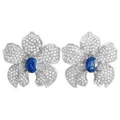 Carrera y Carrera Orquídeas 18 Karat Gold 3.67 Ct Diamond and Sapphire Earrings