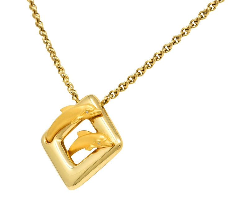 Carrera Y Carrera Vintage 18 Karat Yellow Gold Dolphin Necklace In Excellent Condition For Sale In Philadelphia, PA