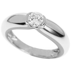 Cartier 0.30 Carat Diamond 18 Karat White Gold Solitaire C De Ring