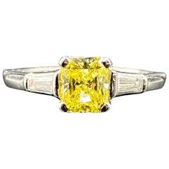 Cartier 0.91 Carat GIA Certified Fancy Vivid Diamond Ring