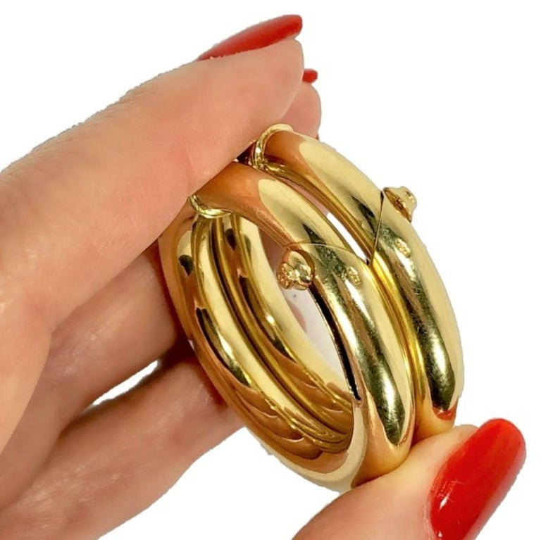 Cartier Large Gold Hoop Earrings for Non Pierced Ears In Good Condition For Sale In Palm Beach, FL