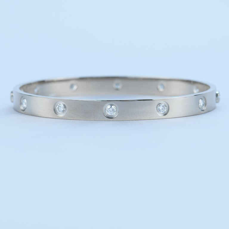 Cartier 10 Diamond Love Bracelet in 18K White Gold In Excellent Condition For Sale In Banbury, GB