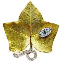 Cartier 1.45 Carat Old Euro and Round Brilliant Diamond Ivy Leaf Brooch