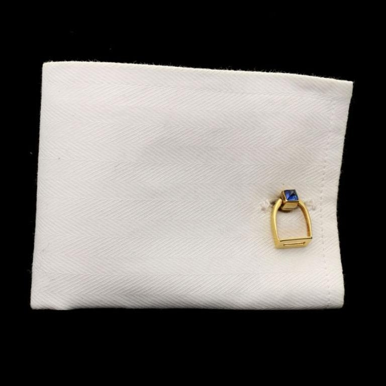 Women's or Men's Cartier 18 Carat Gold Stirrup Cufflinks with Sapphire Sugar Loaf, circa 1935 For Sale