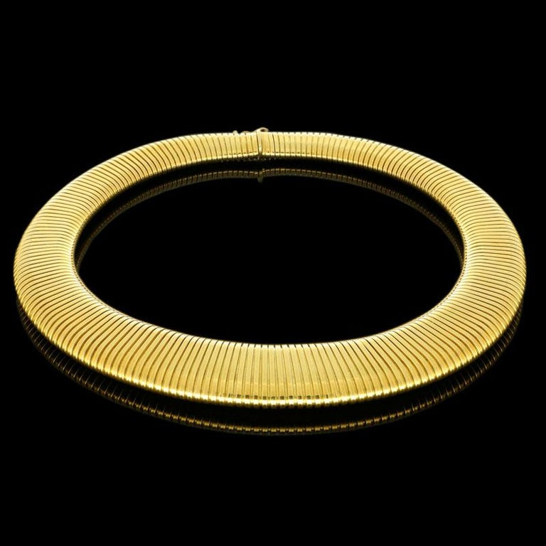 Retro Cartier 18 Carat Yellow Gold Wide Flattened Gas-Pipe Style Necklace, circa 1950s For Sale