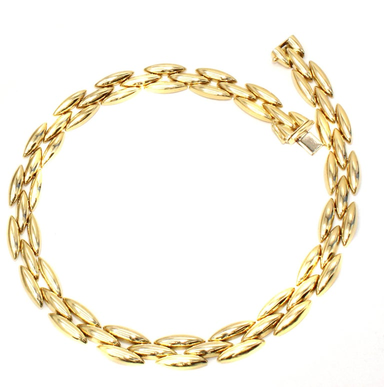 Cartier 18 Karat Gold Choker Necklace In Excellent Condition For Sale In New York, NY