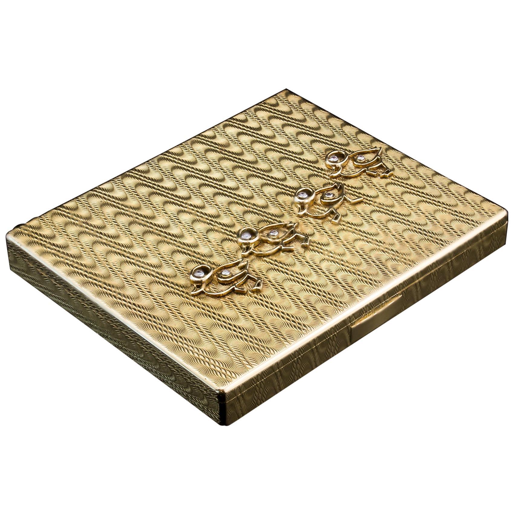Cartier 18-Karat Yellow Gold Compact Box with Diamonds 0.20-Carat, Paris, 1930s