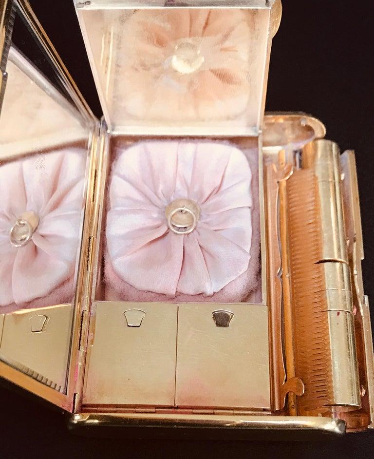Cartier 18 Karat Yellow Gold Vanity Case 279 Grams, Art Deco, 279 Gm Gold For Sale 7