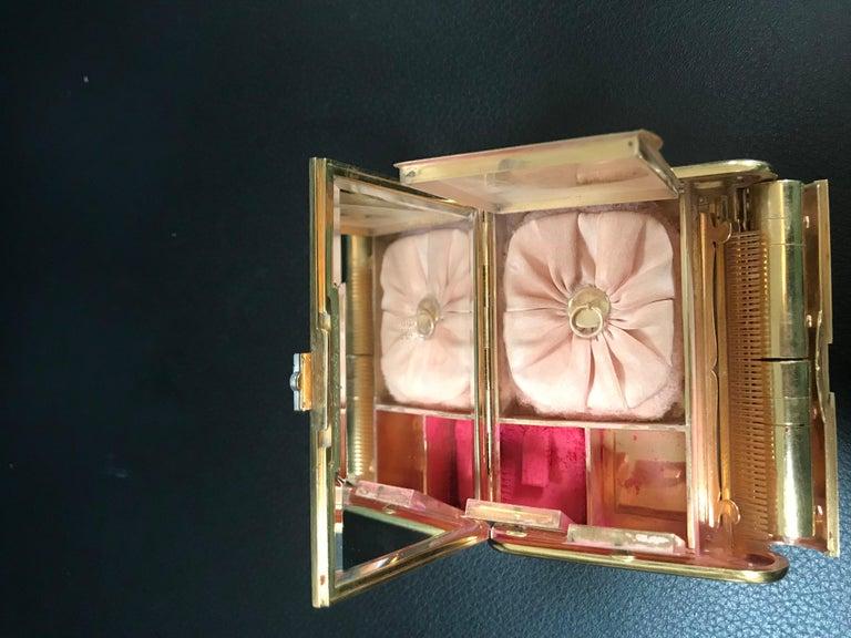 Cartier 18 Karat Yellow Gold Vanity Case 279 Grams, Art Deco, 279 Gm Gold For Sale 8