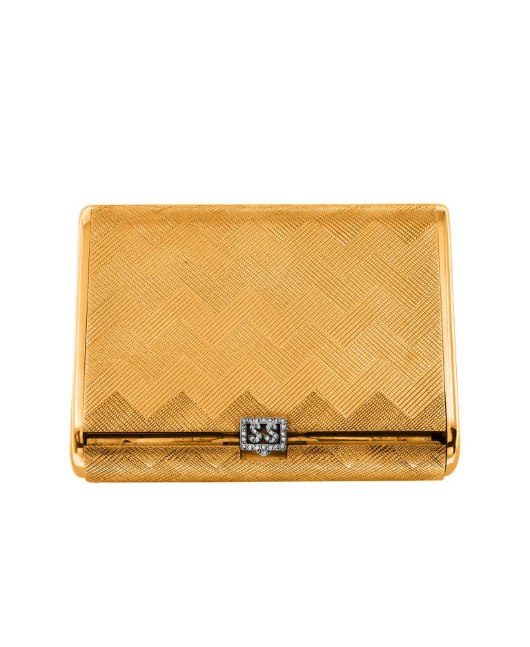 Women's or Men's Cartier 18 Karat Yellow Gold Vanity Case 279 Grams, Art Deco, 279 Gm Gold For Sale