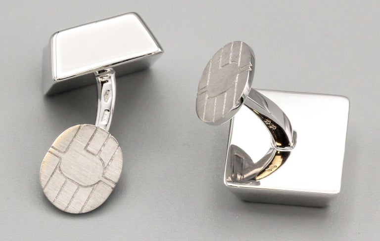 Cartier 18 Karat White Gold Computer Key Cufflinks In Good Condition In New York, NY