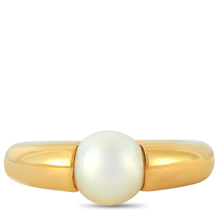 Women's Cartier 18 Karat Yellow Gold Pearl Ring