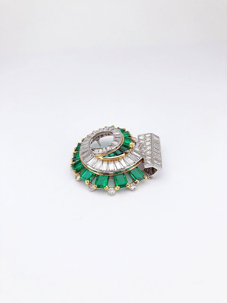 Art Deco Cartier London 1930s Diamond Emerald Clip For Sale