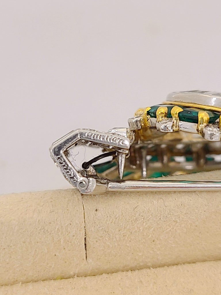 Women's or Men's Cartier London 1930s Diamond Emerald Clip For Sale