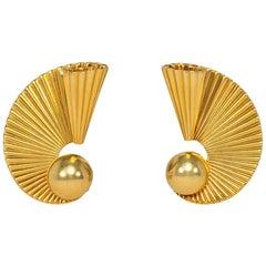Cartier 1940s Gold Scroll Design Clip Earrings