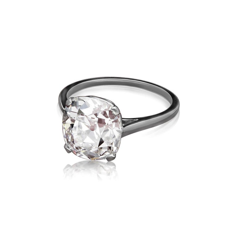 Cartier, 4.21carat E VS1 Old Mine Cushion Cut Diamond Solitaire Ring, circa 1920 In Excellent Condition For Sale In London, GB