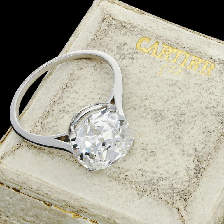 Cartier, 4.21carat E VS1 Old Mine Cushion Cut Diamond Solitaire Ring, circa 1920 For Sale 3