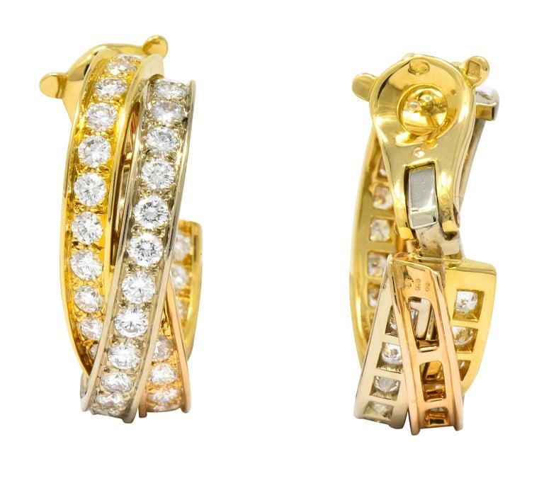 Contemporary Cartier 5.00 Carat Round Brilliant Diamond 18 Karat Tri-Gold Trinity Earrings For Sale