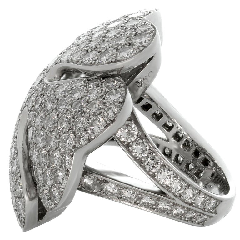 Cartier Anniversary Edition 10 Carat Diamond White Gold Clover Ring For Sale 1