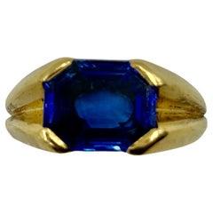 Cartier Art Deco 18K Gold Natural Burma Octagonal Step Cut Sapphire Ring
