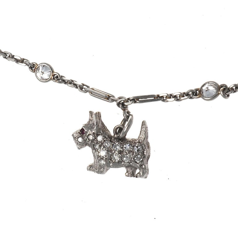 Art Deco Charm Bracelet In Excellent Condition For Sale In Beverly Hills, CA