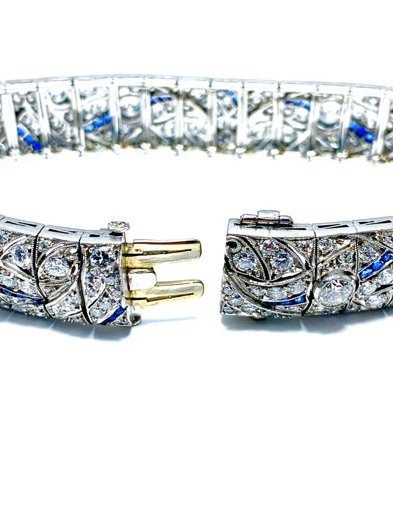 Art Deco Round Diamond and Sapphire Platinum Bracelet In Excellent Condition For Sale In Washington, DC