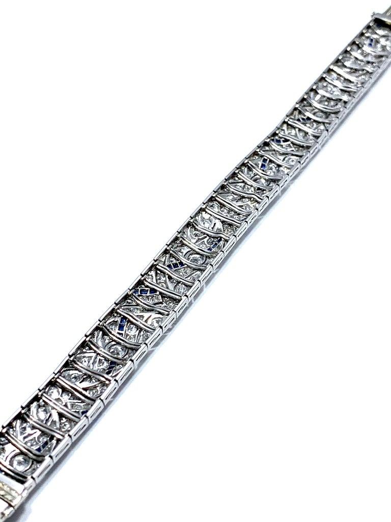 Art Deco Round Diamond and Sapphire Platinum Bracelet For Sale 2