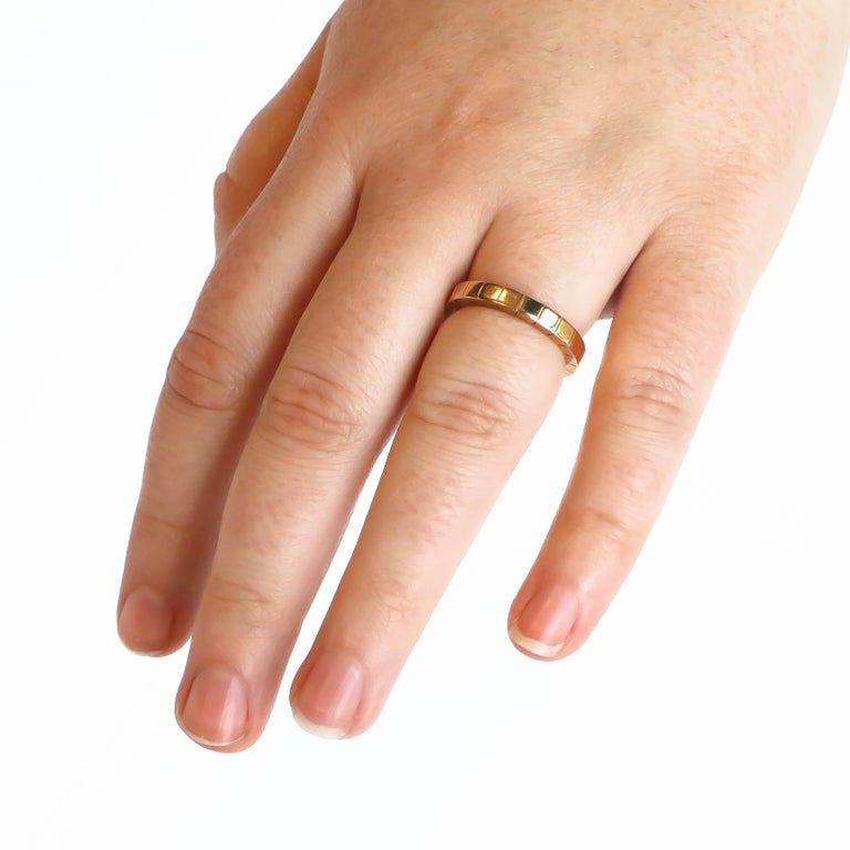 This Cartier Lanieres ring, perfect for every occasion, adds simple elegance to any ensemble.
