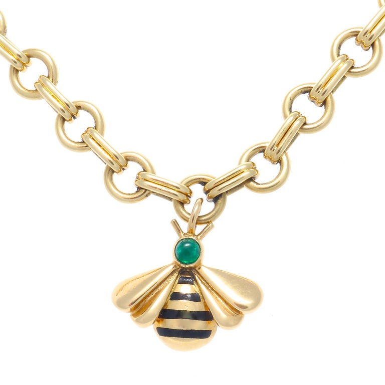 Since the end of the 19th century, Cartier has created an extravagant, unique and elegant menagerie. With influences from all over the globe this collection defines and reflects it's mastery and expertise. Featuring four fluttering bumble bee charms
