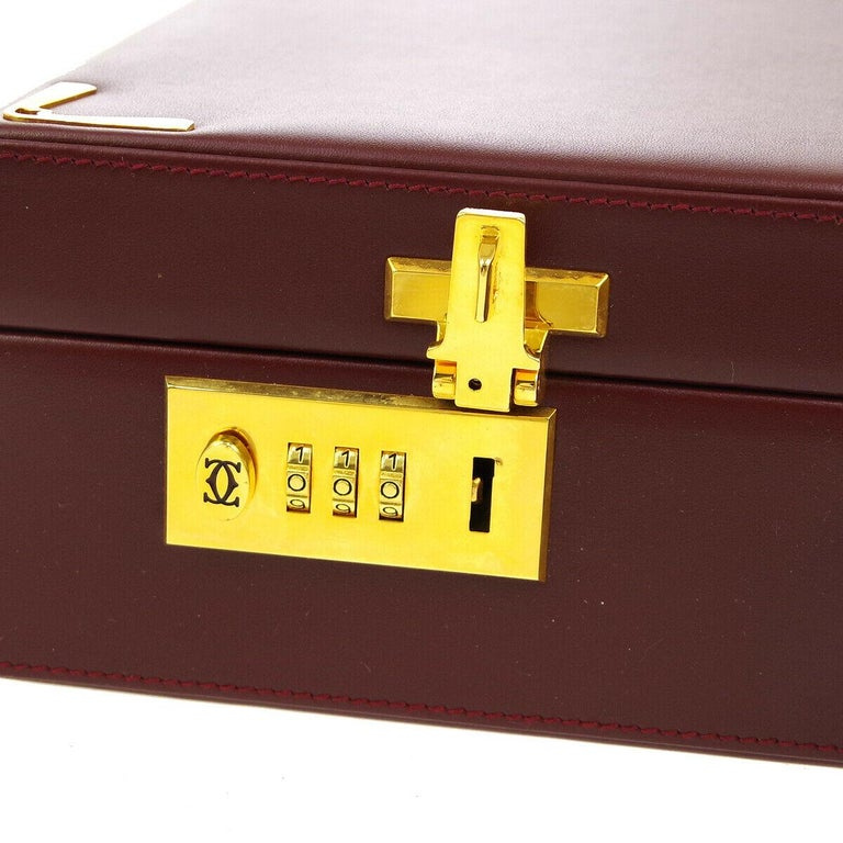 Cartier Burgundy Leather Gold Hardware Men's Women's Business Briefcase Bag In Good Condition For Sale In Chicago, IL