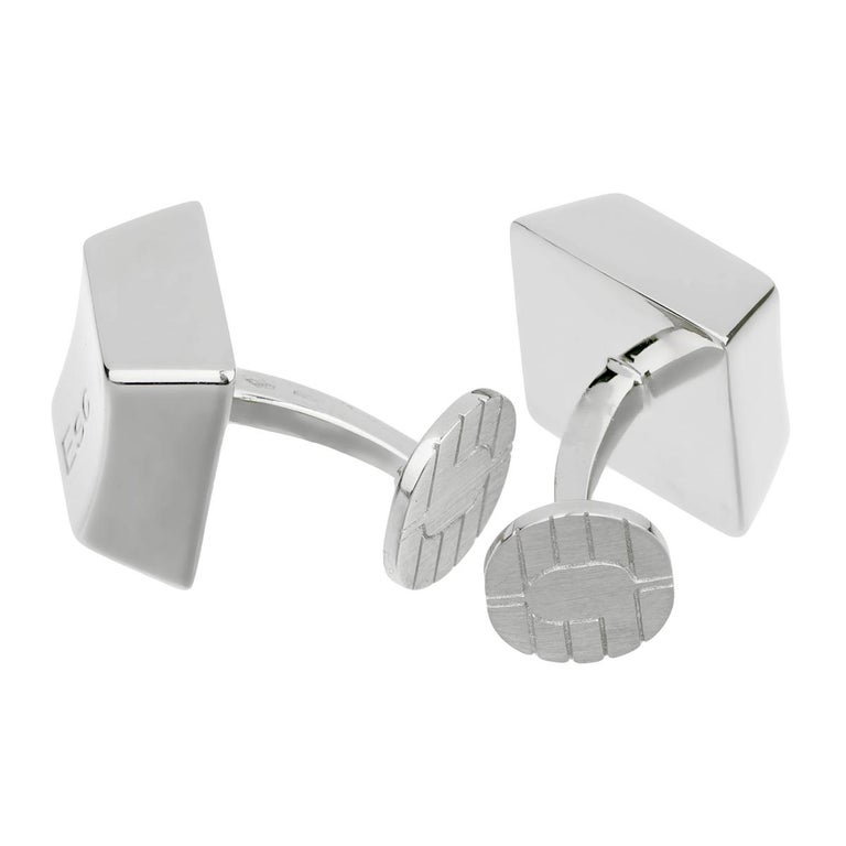 Cartier Control Escape White Gold Cuff links In Good Condition For Sale In Feasterville, PA