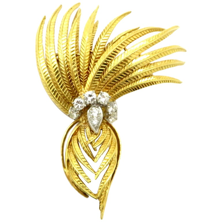 Cartier Designer Round 1 Carat Diamond Feather 18K Two-Tone Brooch Pin #1393 For Sale