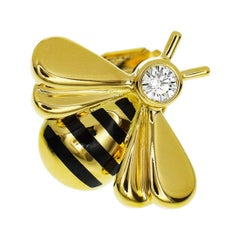 Cartier Diamond 18 Karat Yellow Gold Bee Pin Brooch