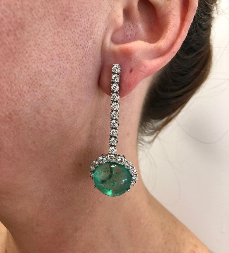 Cartier Diamond, Cabochon Ruby, Emerald Necklace Suite In Good Condition For Sale In New York, NY