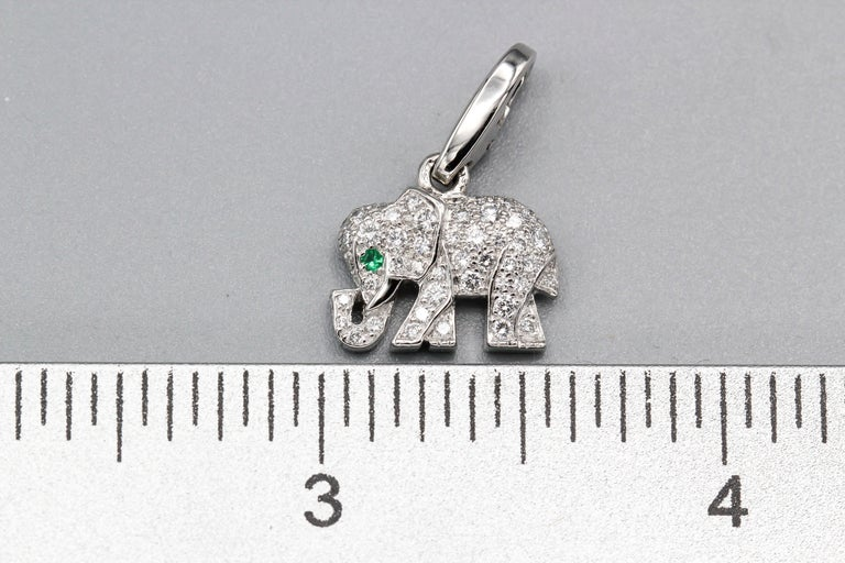 Cartier Diamond Emerald 18 Karat White Gold Elephant Charm In Excellent Condition For Sale In New York, NY