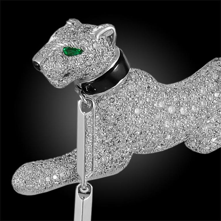 Round Cut Cartier Diamond, Emerald, and Onyx Panthère Brooch For Sale