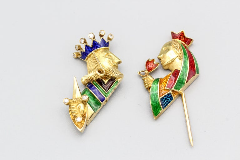 Cartier Diamond Enamel and 18 Karat Gold King and Queen Jabot Brooch In Good Condition For Sale In New York, NY