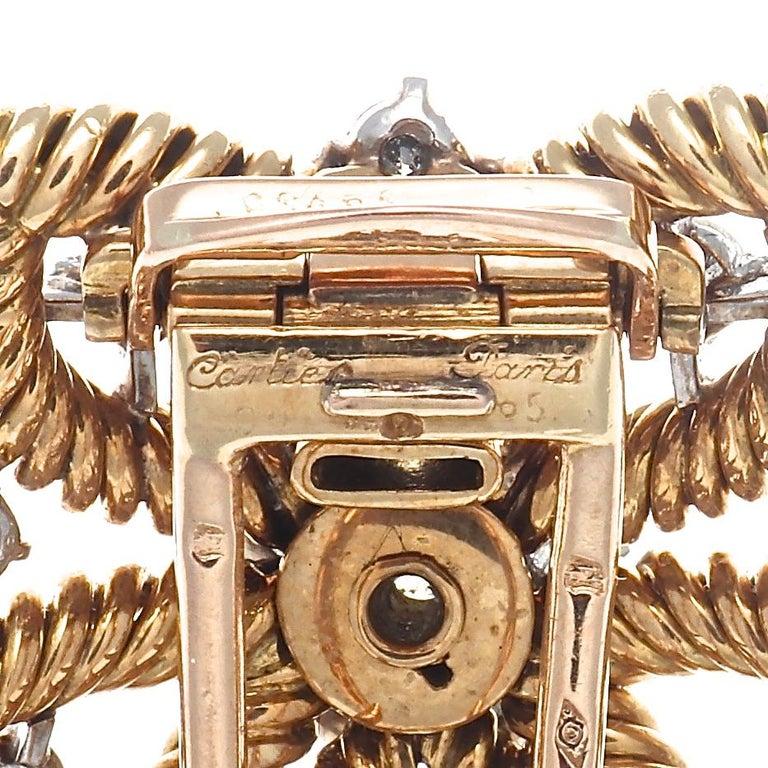Women's or Men's 1950s Cartier Paris Diamond Gold Flower Brooch For Sale