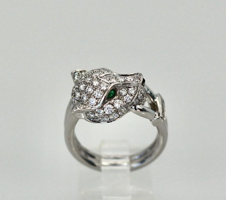 Round Cut Cartier Diamond Head Panthere Ring For Sale