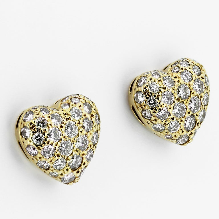 Modern Cartier Diamond Heart Shape Earrings and Ring in 18 ct Gold for Valentines For Sale