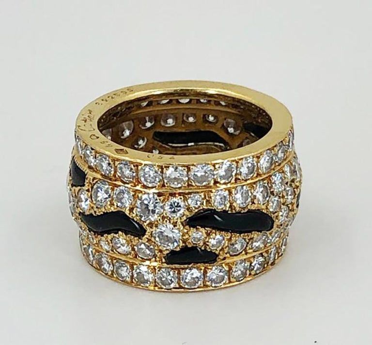 Cartier Diamond Onyx Ring In Excellent Condition For Sale In New York, NY
