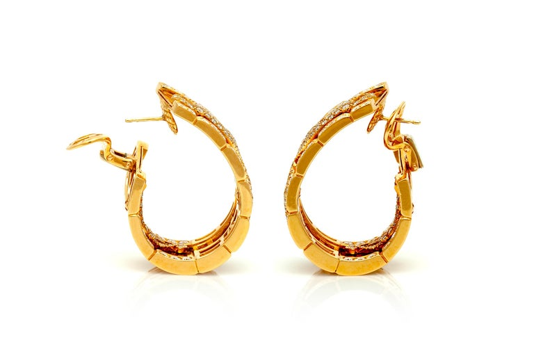 Cartier Diamond Panther Earrings In Good Condition For Sale In New York, NY